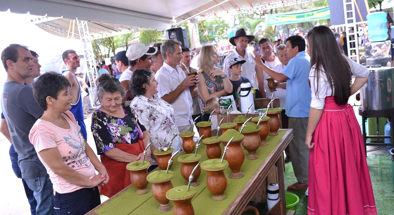 Escola do Chimarrão apresentada novidades na 5ª Festa da Erva-Mate