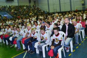 Capa Site  Programa Educacional de Resistência às Drogas forma 269 crianças em Cruz Machado