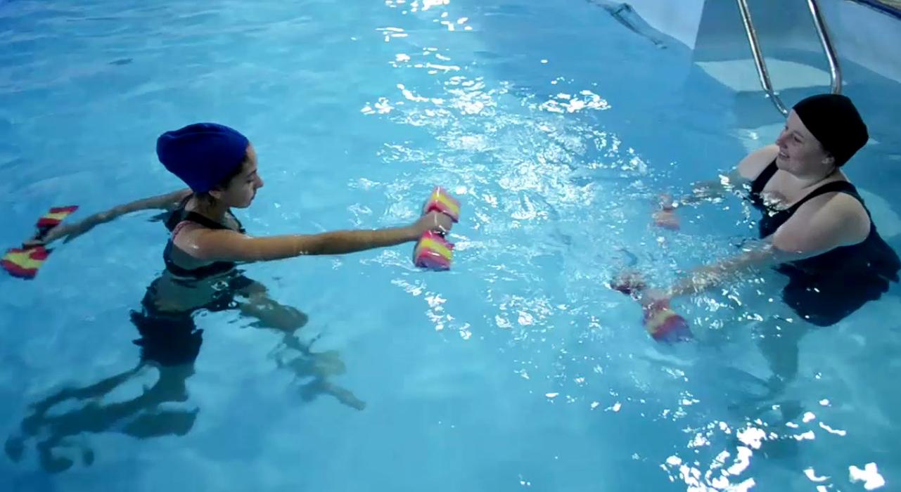 Secretaria da Saúde oferece atividades gratuitas de hidroterapia